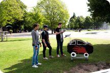 Metalyoga och kundvagnrace